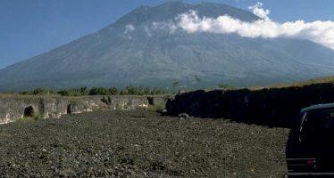 Indonesia: 100.000 deben evacuar por peligro de volcán