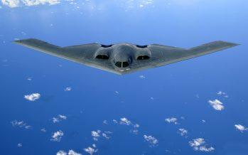 China busca volver obsoletos 'aviones invisibles' de EEUU