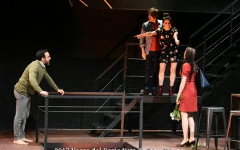 Happy de Robert Caisley se está presentando en el Teatro Milán