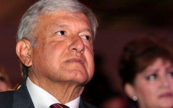 López Obrador busca voto corporativo de la CNTE