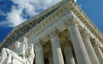 Corte Suprema de EEUU aprueba la aplicación del veto migratorio