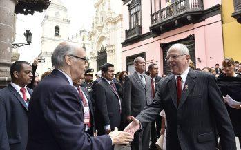 Perú: Debilitado Kuczynski reorganiza gabinete
