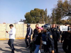 Reprimen en Xochimilco manifestación pacífica contra gasera 3
