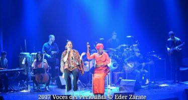 Tonana conmemoró la música Sin fronteras en el Centro Cultural Helénico