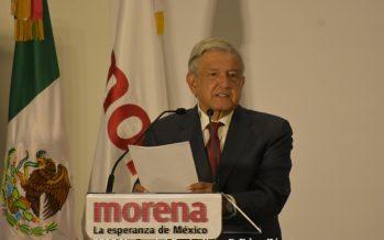 Atribuye López Obrador críticas por avioneta a crecimiento electoral