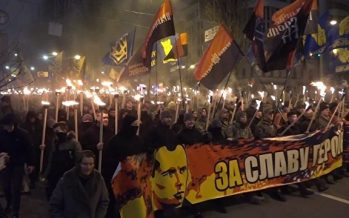 Ucranianos celebran aniversario de líder nacionalista
