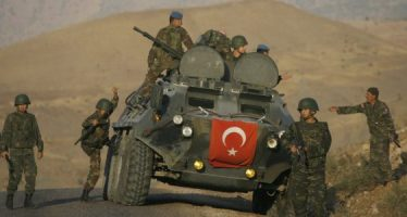 Turquía desafía a EU y ataca a los kurdos sirios