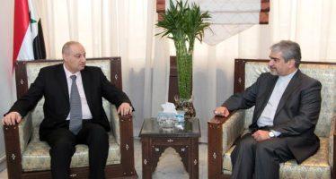 Ministro y embajador iraní examinan cooperación mediática