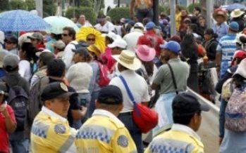 Manifestantes bloquean vialidades en sur y oriente de la capital