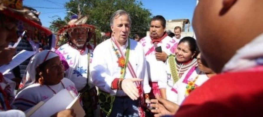 Meade se reunió con indígenas huicholes en Nayarit