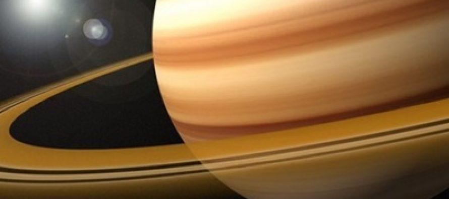 NASA muestra fotografías de anillos helados de Saturno