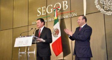 Osorio Chong desea éxito al nuevo secretario de Gobernación