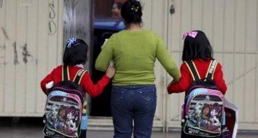 Policía capitalina vigila regreso a clases tras vacaciones