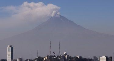 Popocatépetl continúa con actividad de baja a intermedia
