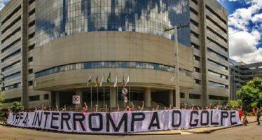 Los tres jueces ratifican condena contra Lula de Silva