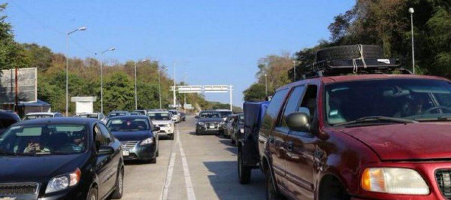Aforo vehicular aumenta en carreteras que conectan a la CDMX