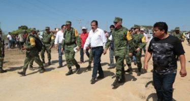 Autoridades recorren zonas de Oaxaca afectadas por sismo