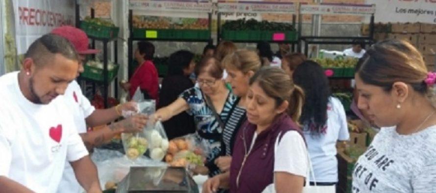 Central de Abasto acerca precios bajos a unas dos mil familias