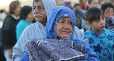 DIF mexiquense reparte paquetes a población vulnerable