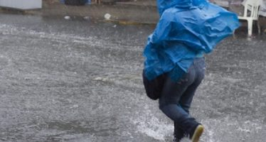 Llueve en al menos cuatro delegaciones de la capital