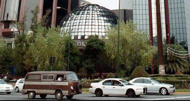 Mercado bursátil cierra sesión con retroceso de 2.16 por ciento