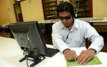 Desarrollan dispositivo que lee en voz alta para personas ciegas
