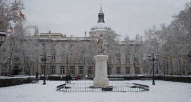 Alerta por nieve en París y en 45 provincias de Francia
