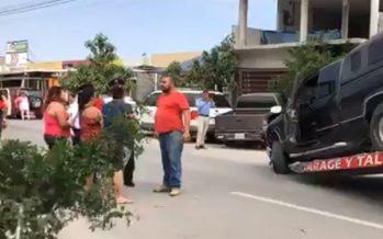 Arrolla camioneta a cinco personas en Guadalupe, Nuevo León