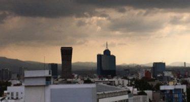 Este domingo se prevé nublados y posible lluvia en la CDMX