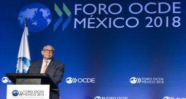 OCDE revisa al alza previsiones económicas para México