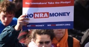 Preparan más de 800 marchas para exigir control de armas en EUA