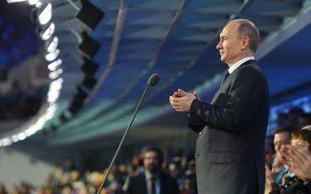 Putin ordenó derribar un avión secuestrado por 'suicidas' en 2014