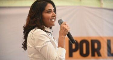 Barrales ofrece resolver problemas que lastiman a Iztapalapa