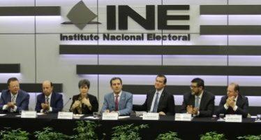 Hoy, INE definirá el formato y los moderadores para el primer debate