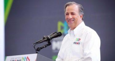 José Antonio Meade firma el Pacto por la Primera Infancia