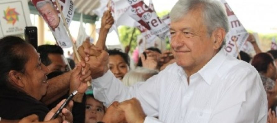 López Obrador plantea gobierno de, para y con el pueblo