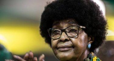 Muere la sudafricana Winnie Mandela