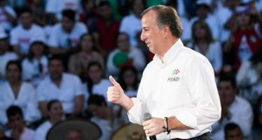 Prioritario defender educación: Meade