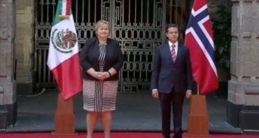 Peña Nieto da la bienvenida a la Primera Ministra de Noruega