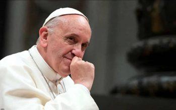 """Dinero, vanidad y soberbia, la """"muerte"""" de la vida religiosa Papa"""