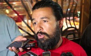 Detienen a Fierro, en Mexicali; rechaza privatización del agua