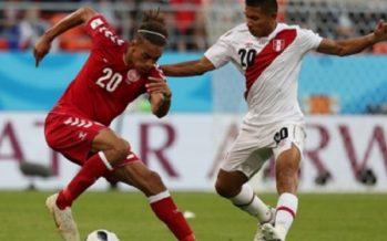 Perú sucumbe 0-1 ante Dinamarca, en su regreso mundialista
