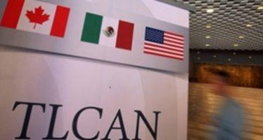 Peso inicia la semana con retroceso por incertidumbre del TLCAN