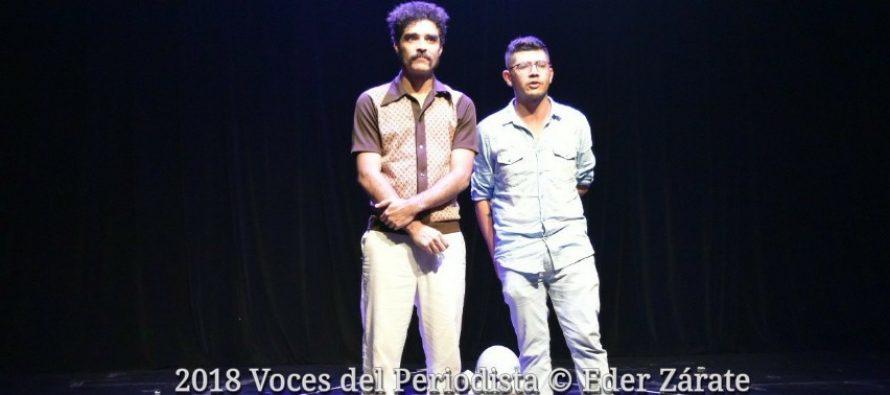 """Caracoles Teatro presenta: """"R.E.M, Rapid Eye Movement"""" en Un Teatro"""