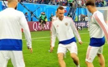 Rusia y Uruguay clasifican a octavos de final de la Copa Mundial