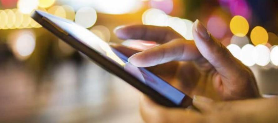 Lanzan el teléfono inteligente más barato del mundo; costará 3,7 dólares