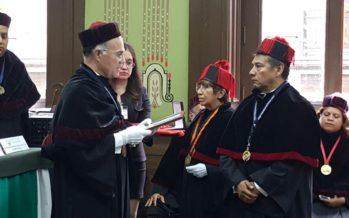 El Dr. Carlos Daza Gómez recibió el Doctorado Honoris Causa por el CUDF