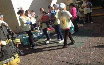 Fuga de gas en guardería de Querétaro hace que desalojen a 157 niños