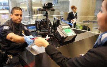 Aumenta revisión de celulares para ver su contenido, en la frontera con EU