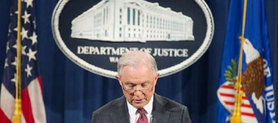Sessions se 'inhibe' de investigaciones sobre sus contactos con embajador ruso